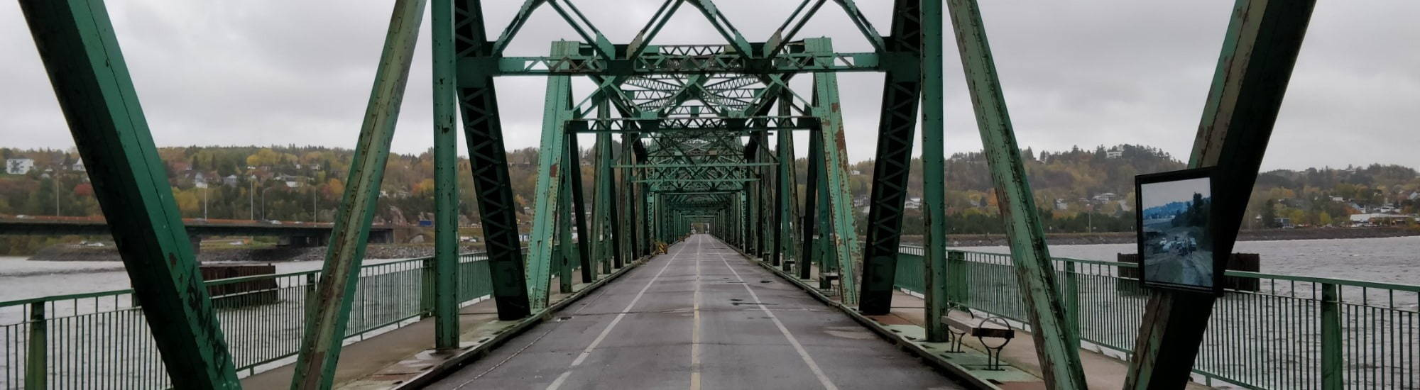Background Image: Bridge